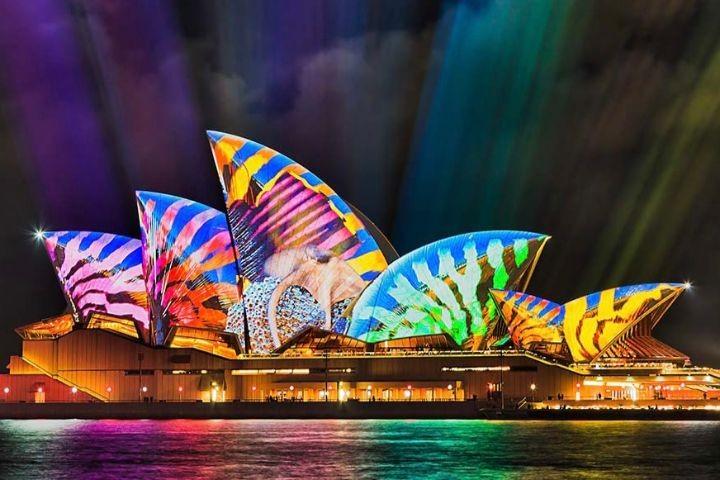 雪梨燈光節