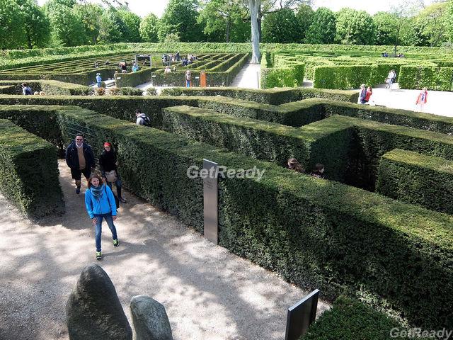 熊布朗宮花園迷宮