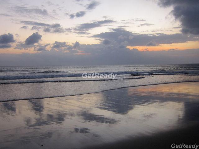 水明漾沙灘