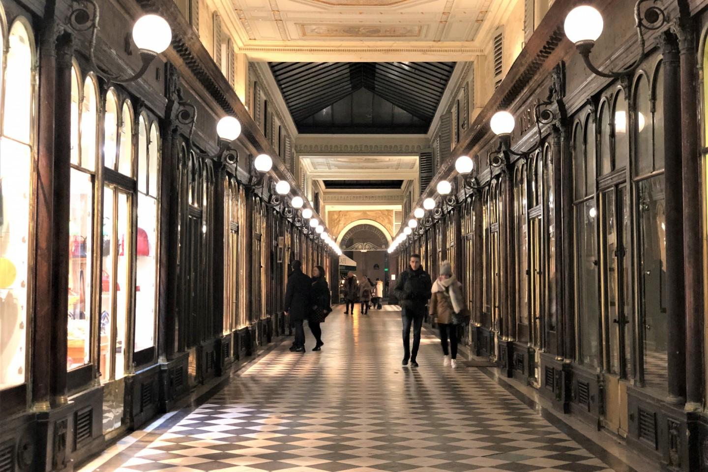 維侯多達拱廊街