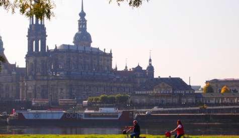 德勒斯登 Dresden (上).歷史感濃厚的柏林近郊古典城市.德國自由行